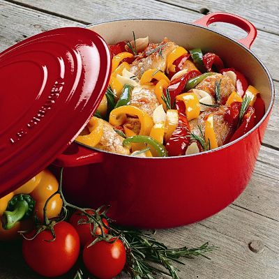 le-creuset-cherry-red