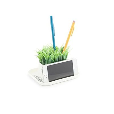kikkerland-artificial-grass-pen-phone-stand_opt