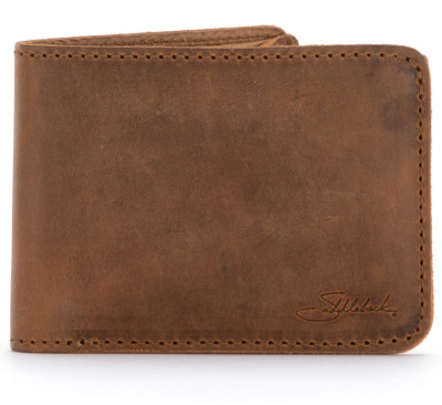 saddleback-bifold-wallet-medium-outside